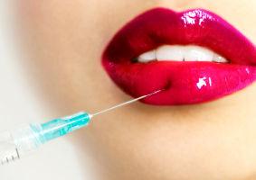 4 tratamente pentru mărirea buzelor