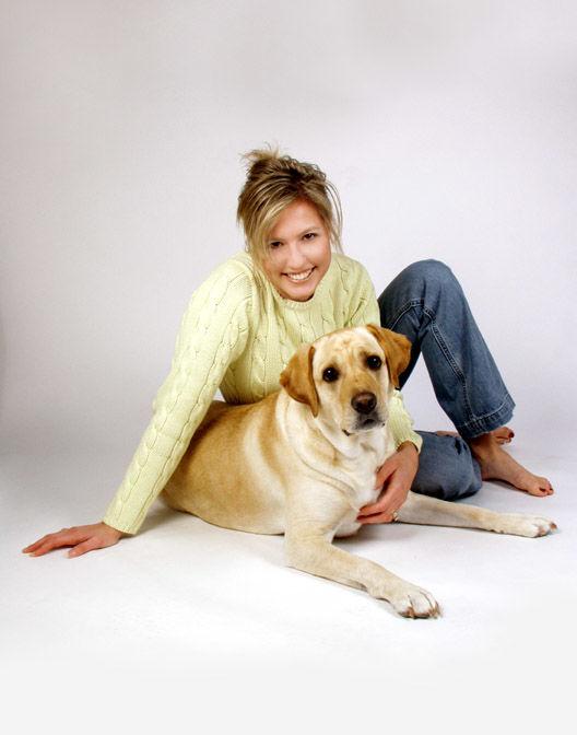 VIDEO Femeia muscata de caini a murit - Hotnews Mobile