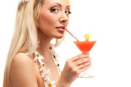 Slăbit rapid: Top 5 băuturi alcoolice care te îngraşă - Dietă & Fitness > Dieta - creativenews.ro