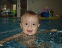 Copiii cu sindrom Down concureaza la Baby Spa