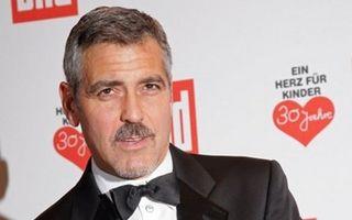 Hollywood: 20 de bărbaţi sexy cu mustaţă