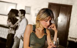 Cum să-l seduci dacă are deja o iubită. 10 trucuri