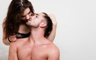 5 tipuri de atingeri cu care îi aprinzi dragostea