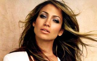 Jennifer Lopez vinde tot ce a primit de la Marc Anthony