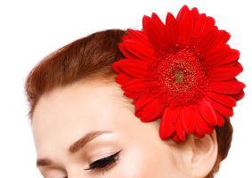 Machiajul tău: 5 tendinţe de frumuseţe din care să te inspiri în 2012