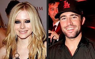Avril Lavigne s-a despărţit de Brody Jenner