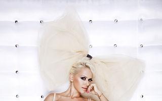 Anda Adam, cea mai sexy artistă în 2011