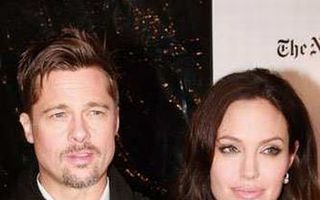 Brad Pitt: Angelina e în continuare o fată rea