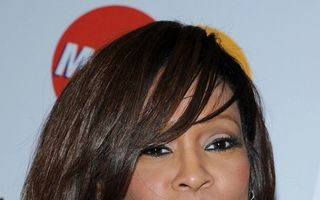 Whitney Houston, clienta doctorilor din Beverly Hills