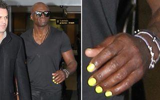 FOTO: Seal, cu unghiile vopsite, dar fără verighetă!