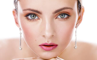 Shopping: Argintul e noul aur! Fă-ţi singură cadou bijuterii sexy