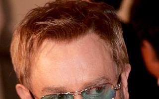 Elton John a mâncat ce nu trebuia