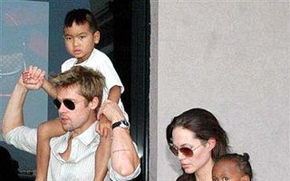 Angelina Jolie şi Brad Pitt vor construi un parc tematic pentru copiii lor