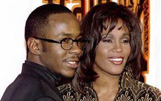 Whitney Houston avea contract prenupţial