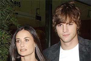 Ashton Kutcher a vizitat-o pe Demi Moore