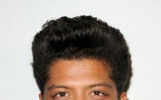 Bruno Mars are margarină în păr