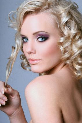 5 Metode Ca Să Ai Bucle Perfecte Află Cum îţi Poţi Face Părul