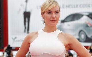 Hollywood: 5 bombe sexy care n-au apelat la bisturiu