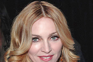 Madonna învață franceză ca să înţeleagă ce vorbesc copiii ei