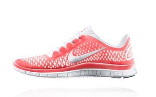 Nike Free: Design inspirat de miscarea naturala a piciorului