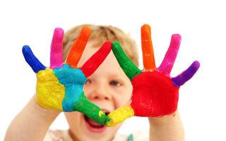 50 de lucruri pe care un copil trebuie să le facă până la 12 ani. Tu câte ai făcut? - VIDEO