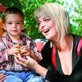 România mondenă: 10 vedete care au devenit mame, înainte de-a se mărita
