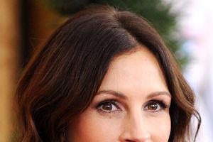 Cadoul de nuntă al Juliei Roberts pentru Angelina Jolie şi Brad Pitt