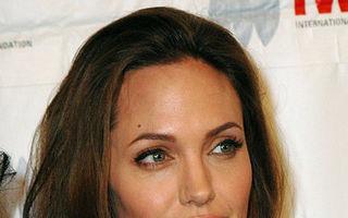 De ce şi-a întrerupt Angelina Jolie vacanţa