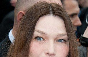 Excesul de botox dăunează grav frumuseții: Carla Bruni a îmbătrânit!