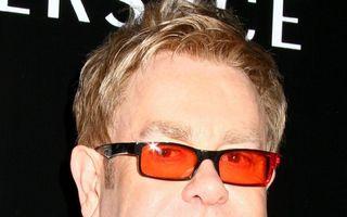 Elton John, acuzat că a furat versurile unei piese