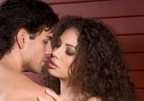 8 locuri în care poţi să faci sex în aer liber fără să te muşte căpuşele