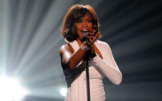Sicriul lui Whitney Houston ar putea fi turnat în beton
