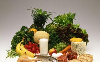 Cancer: 10 reguli alimentare de bază care ţin boala departe de tine