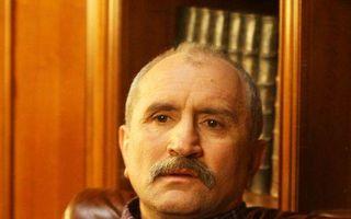 România mondenă: 3 vedete care luptă cu boala. Suferinţă şi durere!