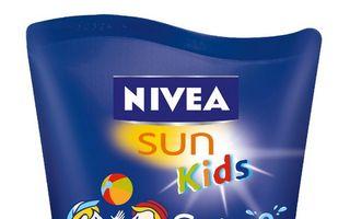Lotiune NIVEA SUN Kids Swim and Play SPF 30