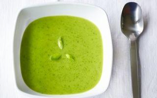 Supă cremă de spanac, sănătoasă şi gustoasă