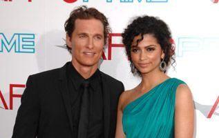 Matthew McConaughey şi Camila Alves s-au căsătorit