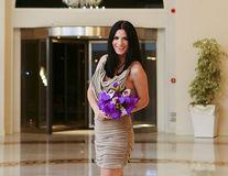 Ellie White a prins buchetul de mireasa! Vrea nunta cu 1000 de trandafiri albi si 500 de orhidee!