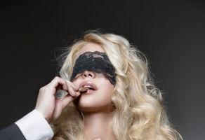 Sex-Horoscop: Ce visează să-i faci în pat, dar nu are curajul să ţi-o spună