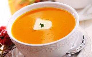 Supă de morcovi cu ghimbir şi iaurt