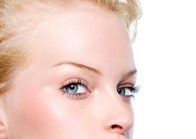 8 trucuri care redau strălucirea pielii