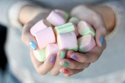 Vreau sa am unghiile mai tari