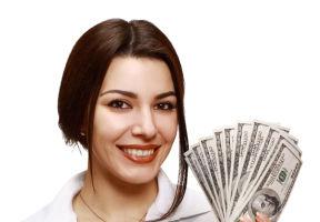 Horoscop: Cum vei sta cu banii în luna august. Câştigi sau pierzi?
