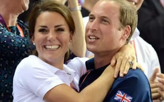 Prinţul William şi Kate Middleton, îmbrăţişaţi la Olimpiadă - VIDEO