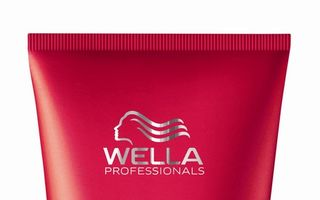 Brilliance Conditioner de la Wella
