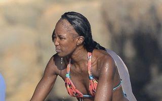 Imaginea şoc a unui topmodel: Naomi Campbell a rămas fără păr!