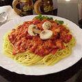 Spaghete cu ciuperci şi roşii