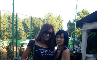 România mondenă: 7 vedete cu tricouri cu mesaje, între kitsch şi cool