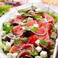 Salată cu pepene roşu şi tomate