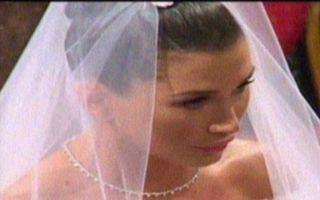 Nunta Elenei Băsescu: Emoţiile mirilor la biserică